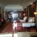 碧桂园十里银滩酒店房间很大