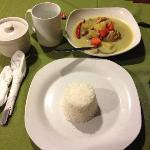 餐厅做的晚餐咖喱鸡