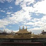 当地很大的寺院了