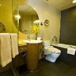 豪华行政两房式公寓-卫生间