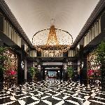 南京涵月楼酒店-首丽斯管理酒店