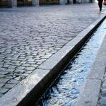 清澈的水渠