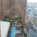 房间外的游泳池