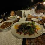 ภาพถ่ายของ Rayaburi On Beach Restaurant