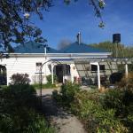 Halfmoon Cottage Foto