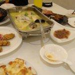 BaiLu Restaurant (XiaoShan Yin Long)