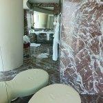 Photo of Four Seasons Hotel Guangzhou