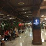 Photo of Bangkok Palace Hotel