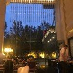 Photo de Beijing Marriott Hotel City Wall