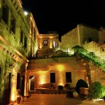 Photo of Vineyard Cave Hotel