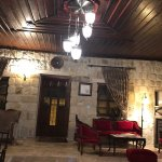 Mithra Cave Hotel resmi