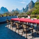 Rongyi Hepan Inn