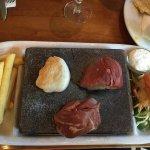 Photo de Mackenzies Cafe Bar Grill
