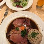 很好吃,性价比也很高。不愧是瓦兹排名第一的餐厅。