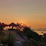 镆铘岛上看日出