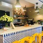 Yu Ren Bar &Taberna Photo