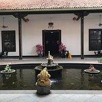Bild från Candra Naya Building