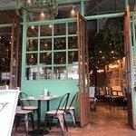 ภาพถ่ายของ Audrey Cafe des Fleurs