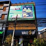 ภาพถ่ายของ Wake Up