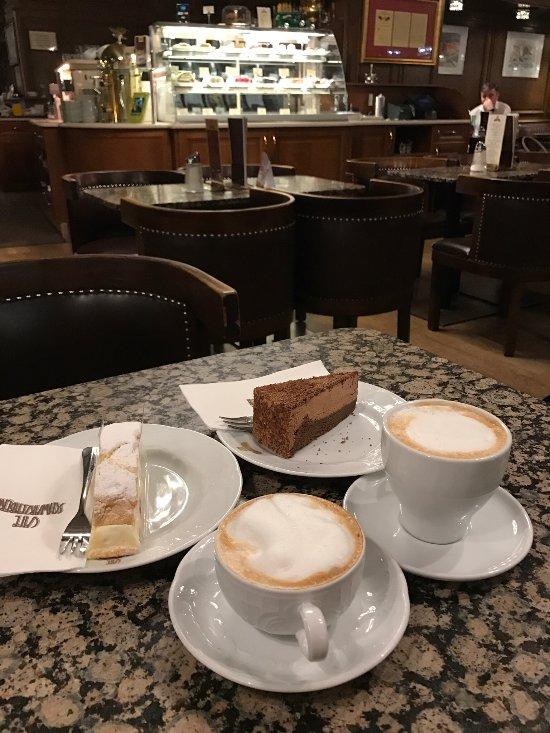 konzert cafe schwarzenberg wien innere stadt restaurant bewertungen telefonnummer fotos. Black Bedroom Furniture Sets. Home Design Ideas