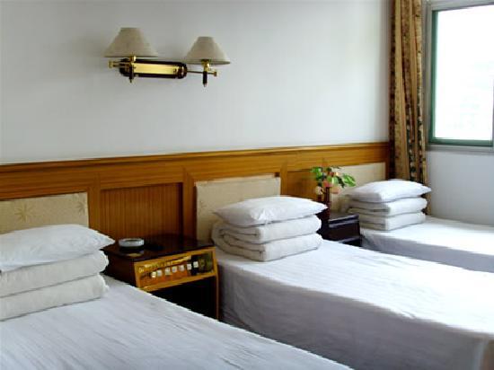 Shuxinyuan Hostel: 三人间