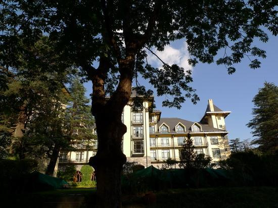 Wildflower Hall, Shimla in the Himalayas: 前