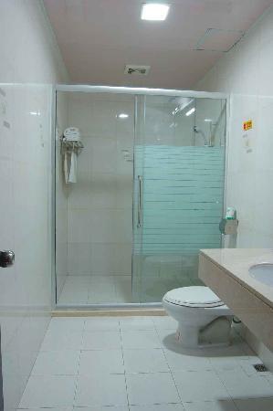 เฮงดอง โฮเต็ล: 房间洗手间