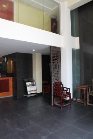 Shenhua Motel (Shanghai Fangdian Road): 大堂2