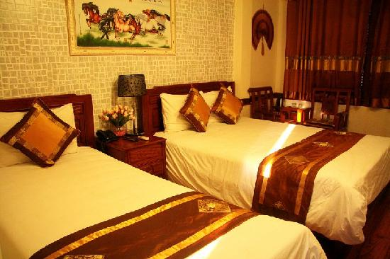 Prince II Hotel: 我们入住的房间。