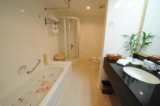 Guoxi Hotel : 浴室