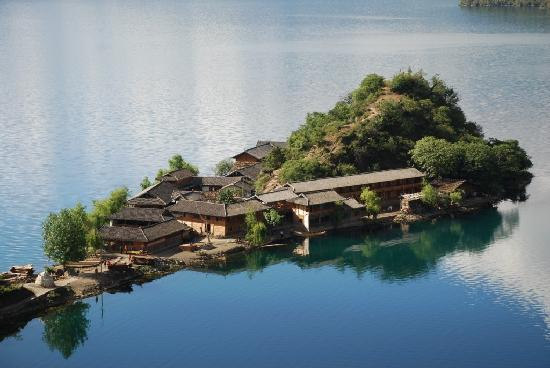 Lige Peninsula Tourists' House