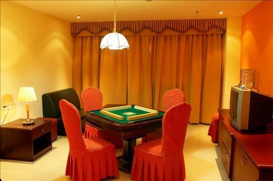 Nanzhou Hotel: 棋牌房