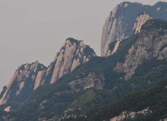 Shangluo, Cina: 陕西洛南秦岭观华山旅游风景区