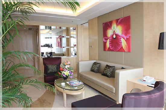 Guangming Hotel: 2