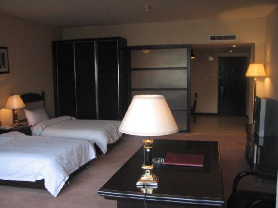 Tom Business Hotel