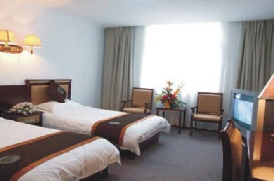 Huangpu Hotel: 1