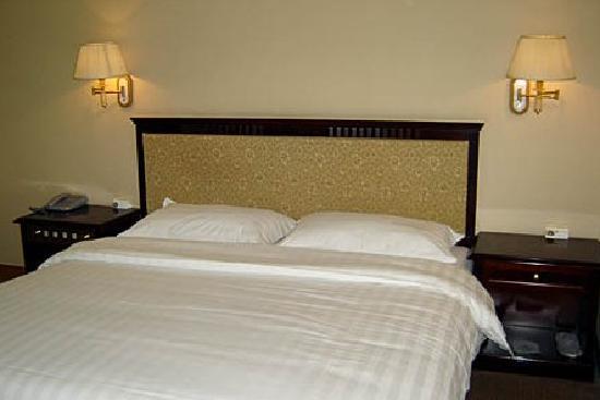 Jin Zhou Hotel: 1