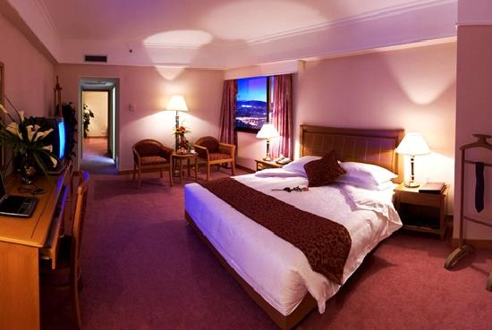 Donglu Hotel