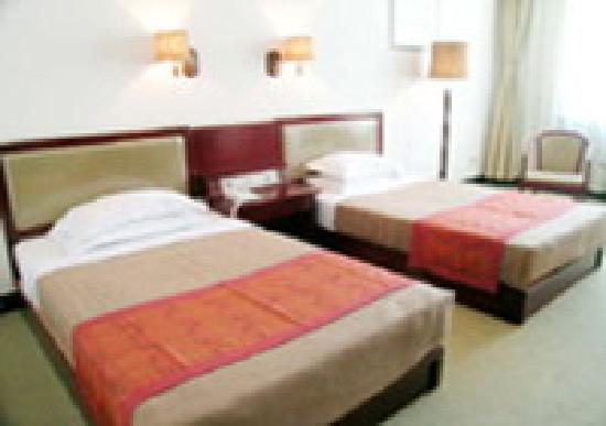 Kunyu Hotel : bf