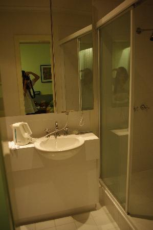 ميامي هوتل ملبورن: 卫生间