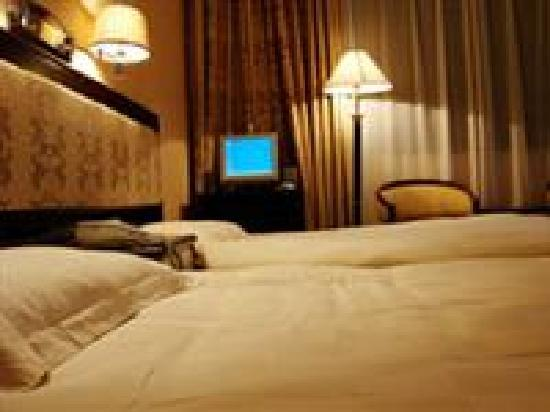Home Inn Hangzhou Xihu Baochu Road