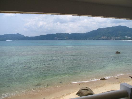 Amari Phuket: 阳台外面就是海