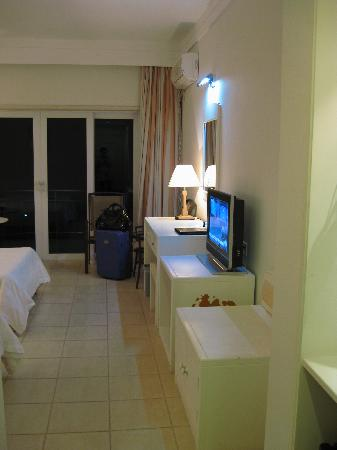 Qionghai Jin Fu Rong Resort: 房间一览