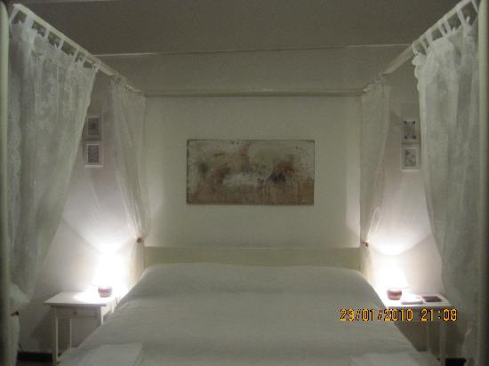 room Sula