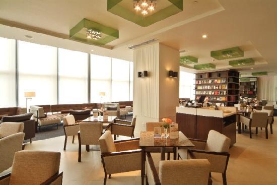 City Hotel Shanghai: 酒店大堂吧