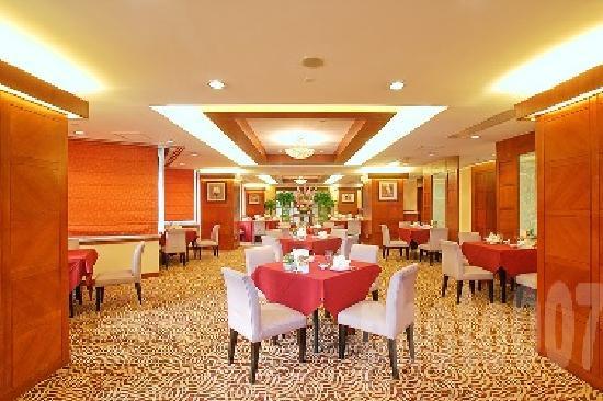 City Hotel Shanghai: 餐厅