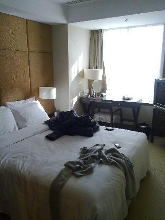 Jingguang Center Apartment Hotel: 床