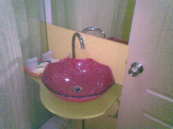 Beijing Maple Hotel: 卫生间