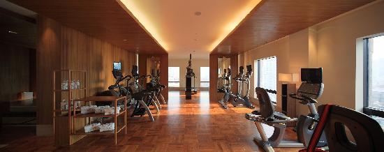 Les Suites Orient, Bund Shanghai: 9F Gym