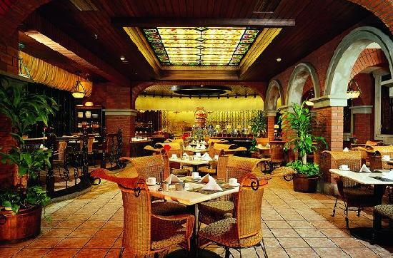 Asia Hotel: 北京亚洲大酒店樱桃园咖啡厅